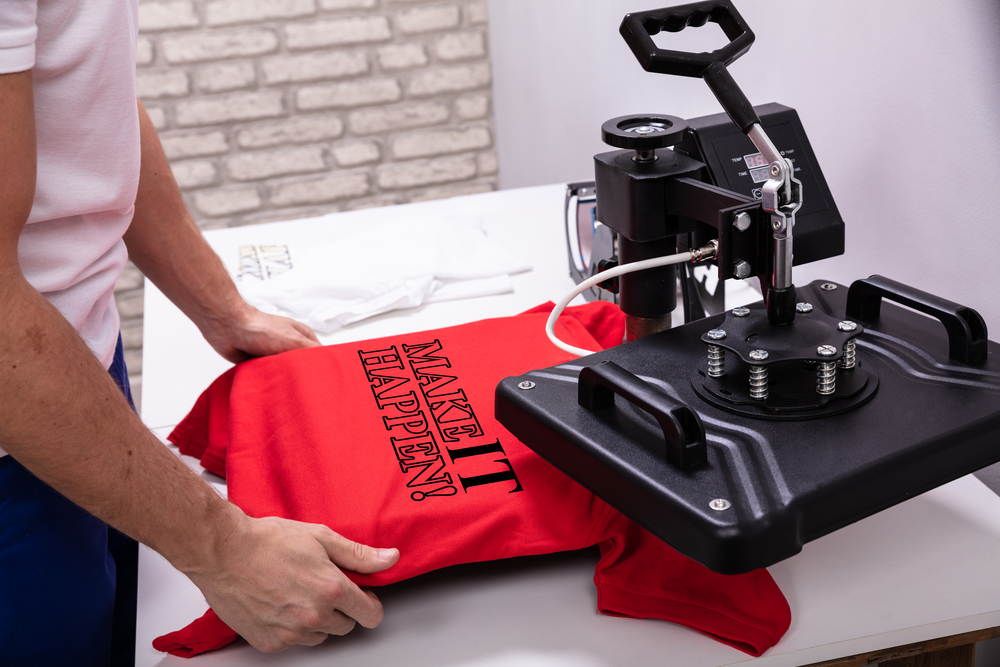 Printing on t-shirt in workshop